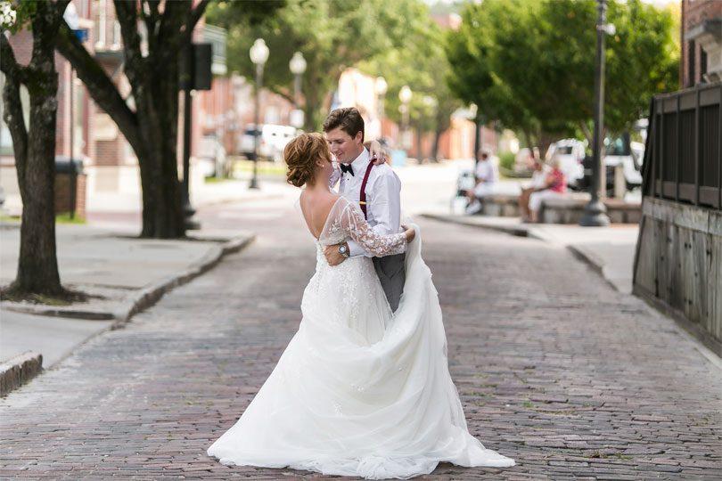 Wilmington-Cobblestone-Streets-Wedding