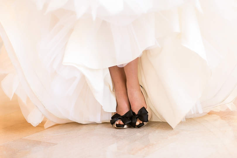 Brides shoes with bows