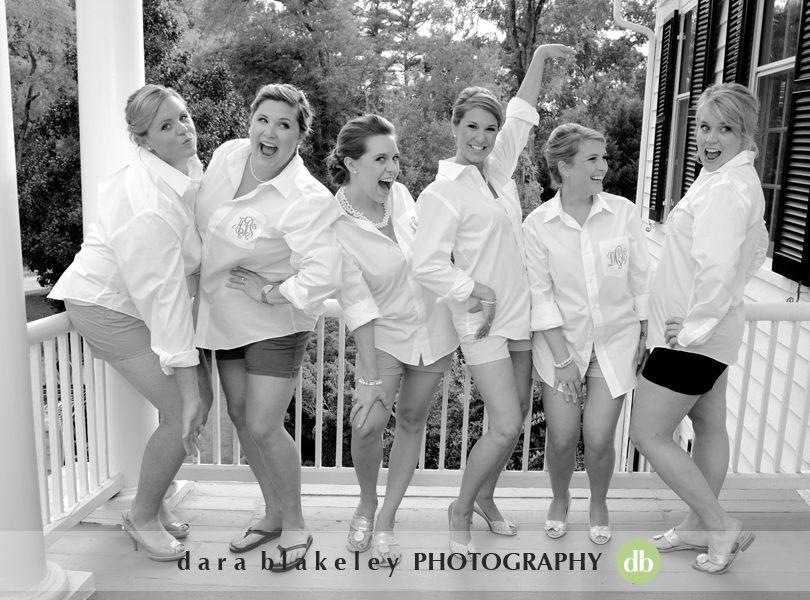 Fun bridesmaids pictures by Dara Blakeley