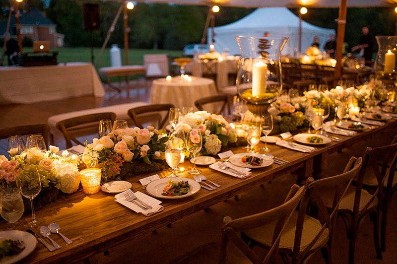 Candlelight at outdoor evening reception