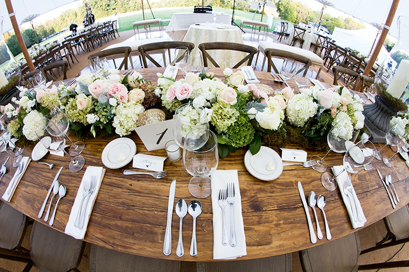 Hydrangeas and roses wedding flowers