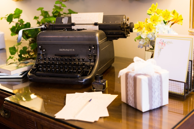 Old fashioned typewriter in wedding decor