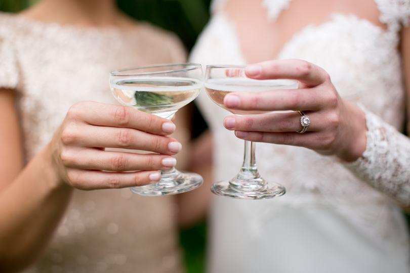 Wilmington bride and bridesmaids