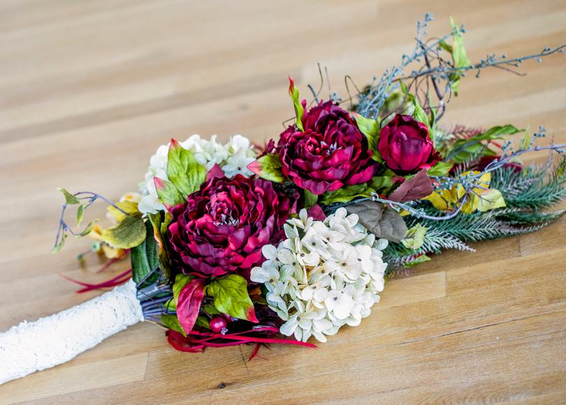 Maroon and white bridal bouquet