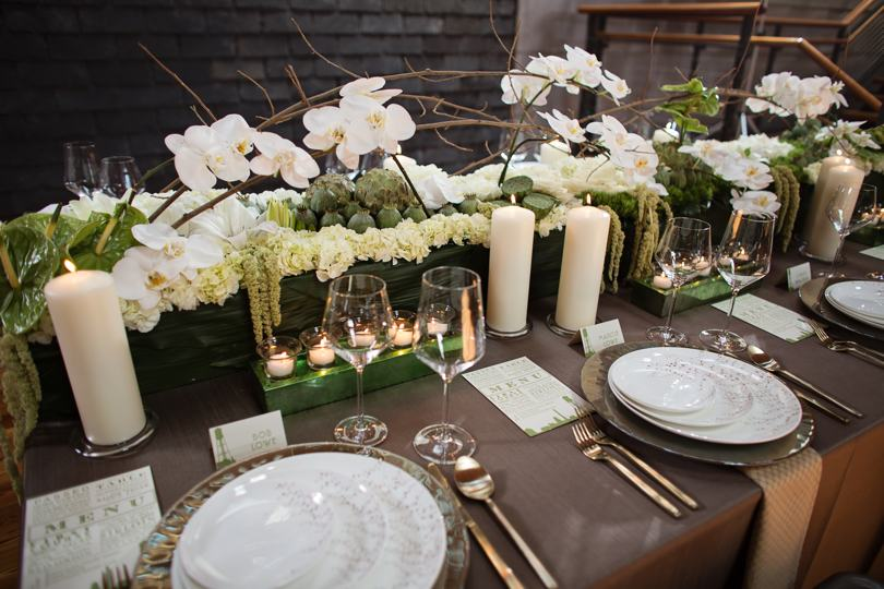 Green and white wedding flower inspirations