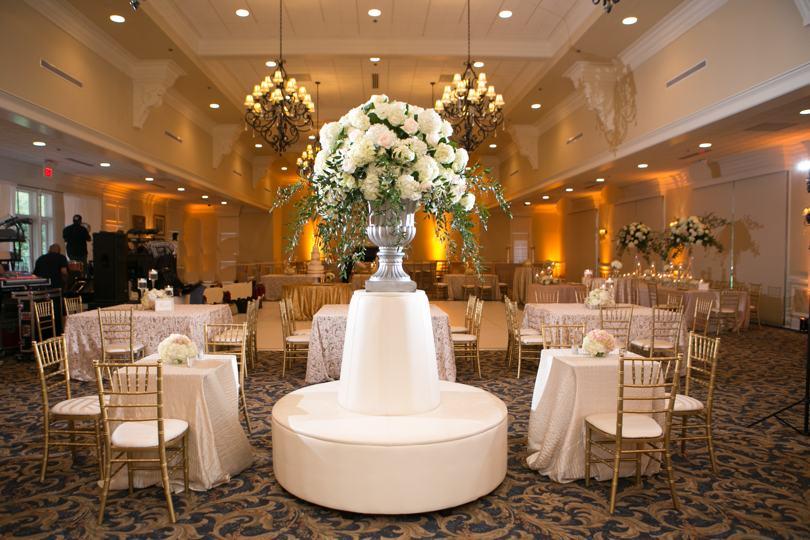 statement-wedding-centerpieces