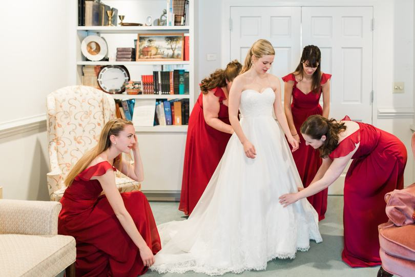 bridesmaids-in-chapel-hill