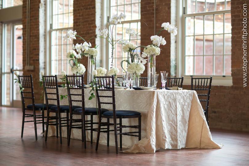 white-flower-wedding-inspiration
