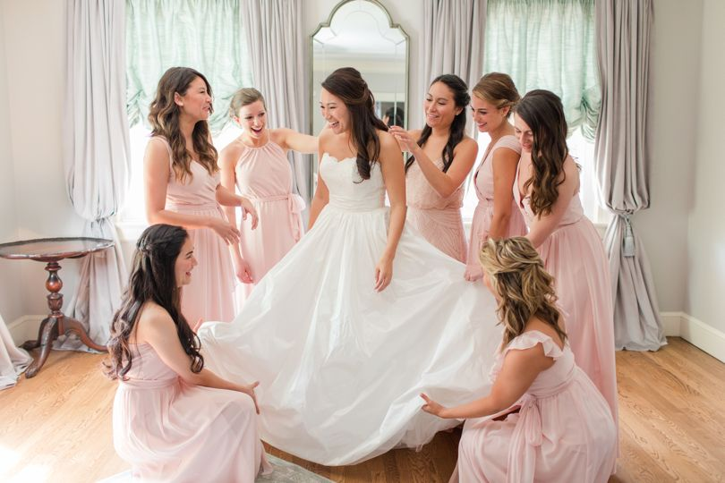 Southern Bride and Bridesmaids in Highgrove Estate bridal suite Raleigh Wedding