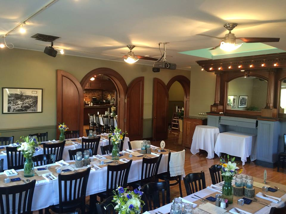 Chapel Hill Rehearsal Dinner Venue for Casual Setting, Spankys