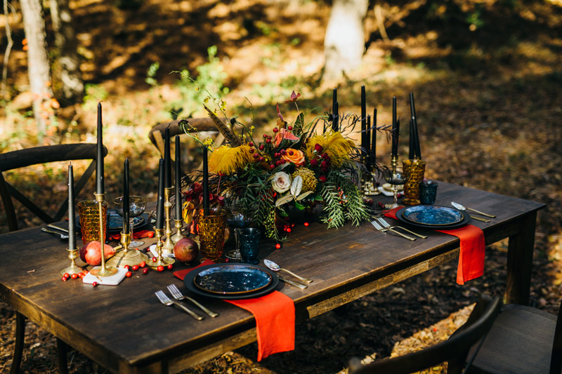 Unique and warm table decoration inspiration for the holidays, SarahDambraPhotography