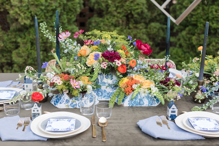 Bright Blue China and Dutch inspired reception table decor by Eclectic Sage, Jamie Blow